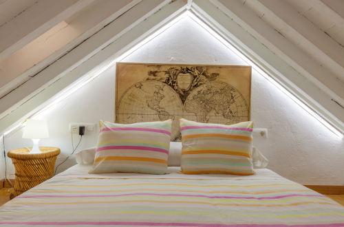 Buhardilla con cama doble